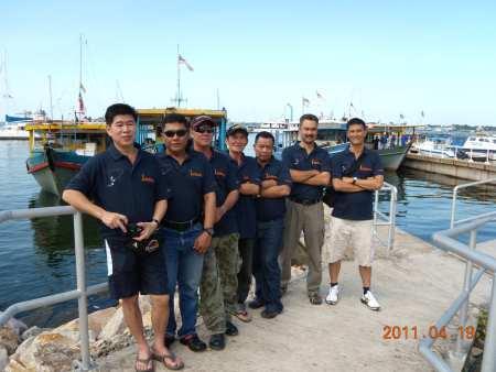 Team 1 Borneo
